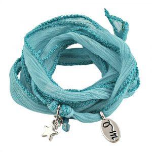 blauw armbandje