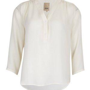 witte blouse met driekwart mouw
