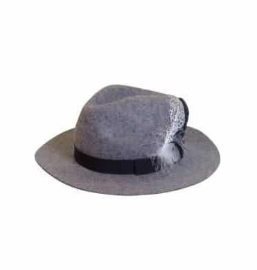 hoed met veer