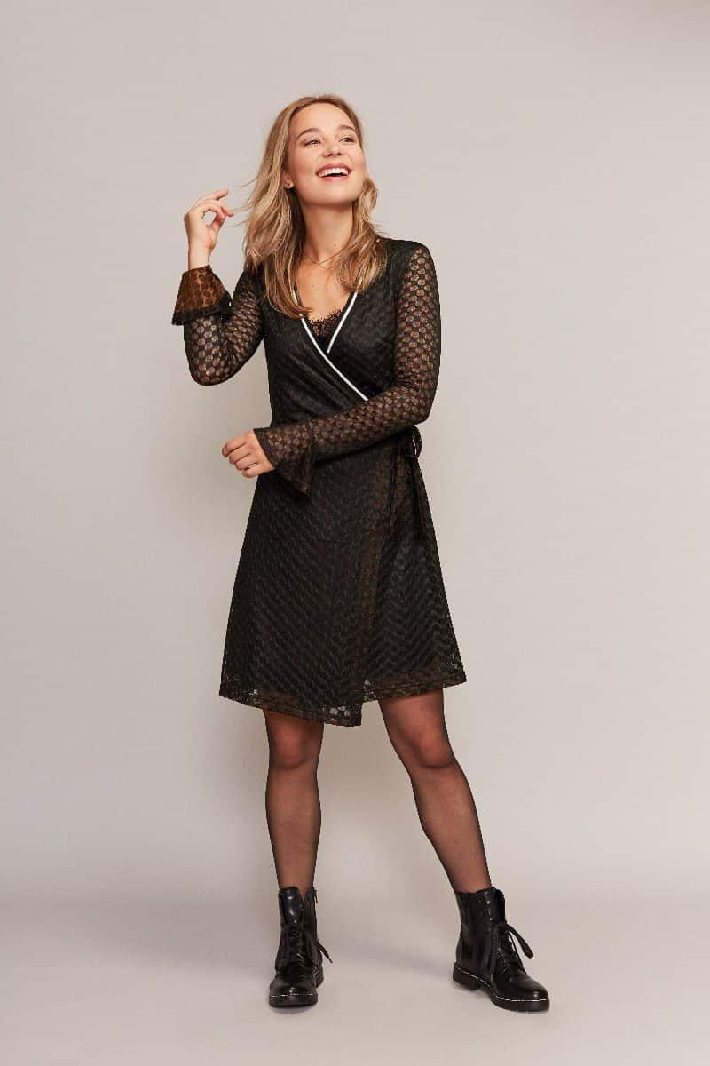 Zwarte jurk lange mouw C&S Design Fashion by Fleur Snelle levering