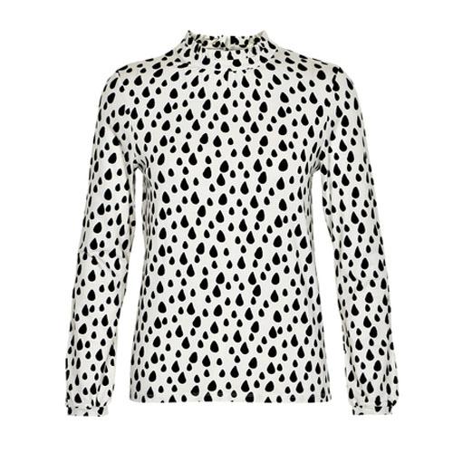 wit shirt met zwarte stippen