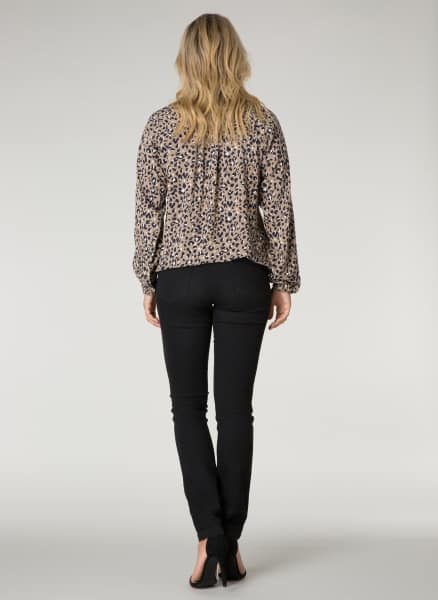 Taupe blouse - Ivy Beau collectie 1