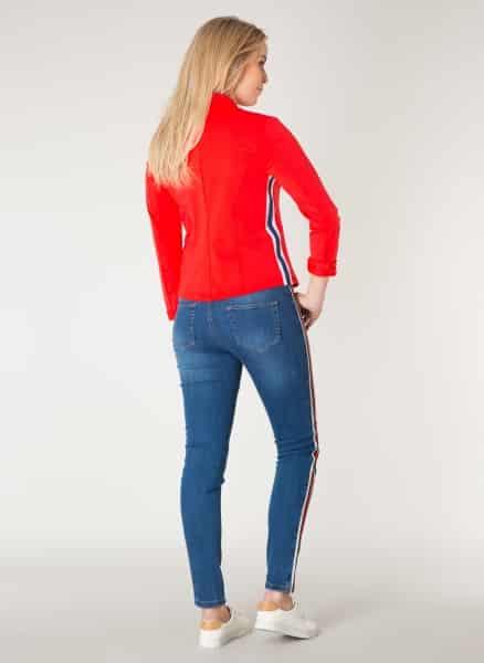 Spijkerbroek met rode streep - Yest online 1