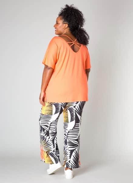 coral tshirt