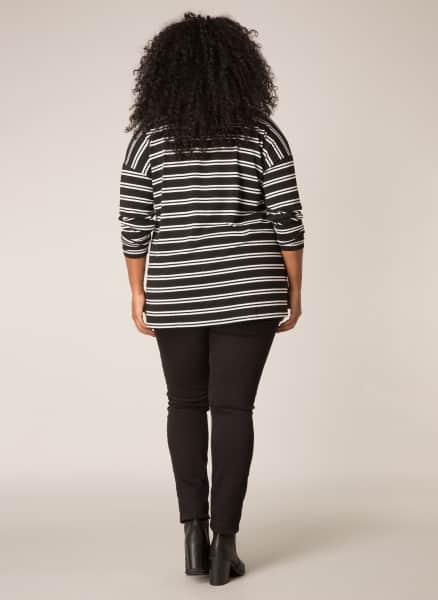 Zwart wit gestreept shirt- Ivy Bella Plus size kleding 1