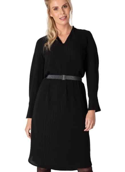 Zwarte midi jurk - Yest 1