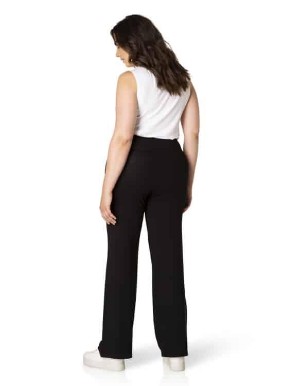 Zwarte broek - Yesta 3