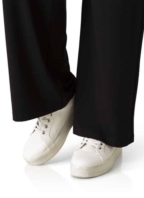 Zwarte broek - Yesta 2
